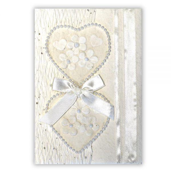SAA Grußkarte | 2 weisse Herzen in Perlenschur mit weisser Borte