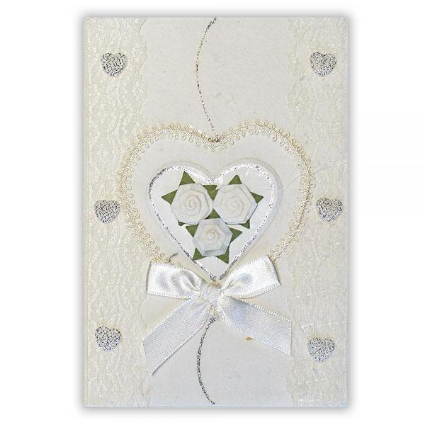 SAA Grußkarte | weisses Herz mit feiner Borte und Silberherzen