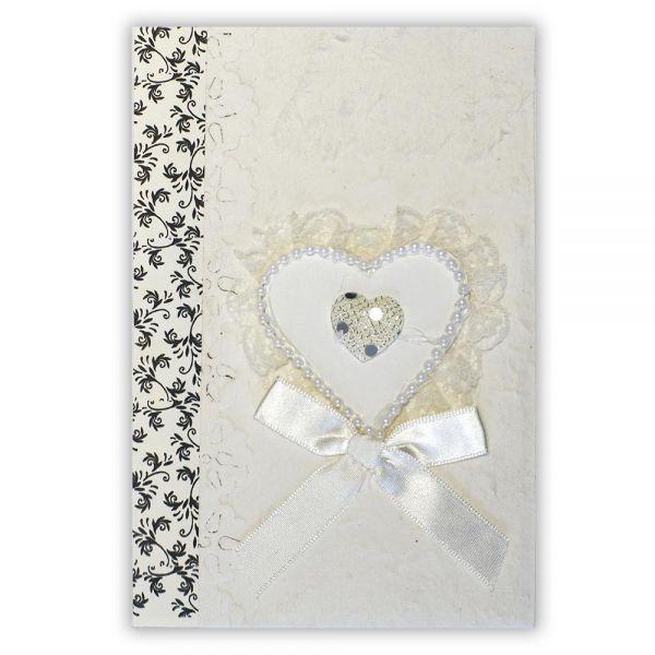 SAA Grußkarte | weisses Herz mit Perlenschnur und schwarz-weiss Borte
