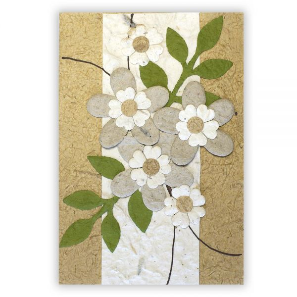 SAA Grußkarte | 3 große Blüten natur mit grünen Blätter